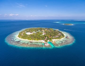 The Largest Hotels & Resorts in the Maldives – See Our List