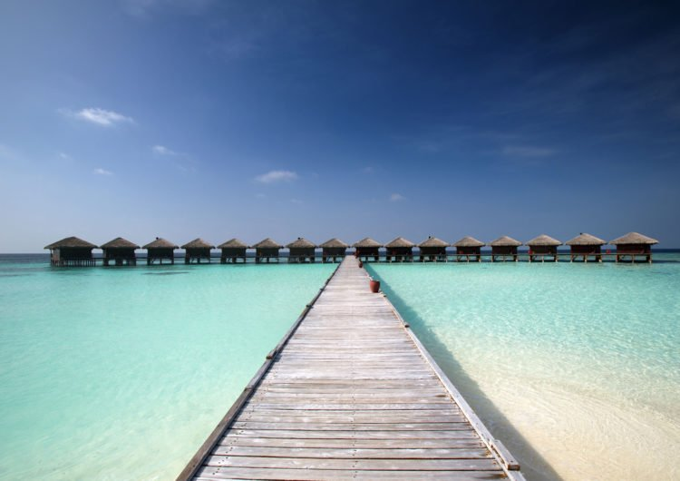 Flashpacking in the Maldives: How to Travel to Paradise on a Budget