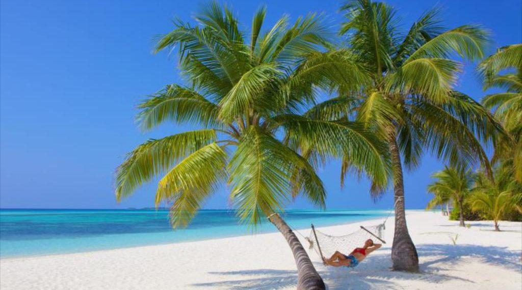 Raising the Standard – Huruvalhi Maldives